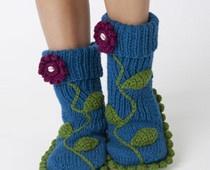 Free crochet slipper patterns #examinercom: Slippers Socks, Knits Patterns, Crochet Slippers Boots, Crochet Slippers Patterns, Free Patterns, Crochet Boots, Crochet Knits, Socks Knits, Knits Projects