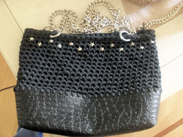 Crocodile printed ecoleather bottom, dark grey cotton, star studs and silver chains