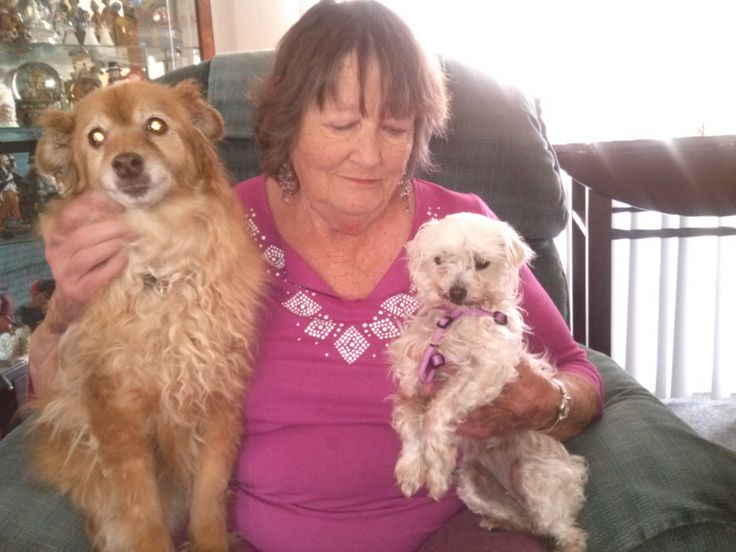 DeeDee with little Albany (and new sister Cinnamon
