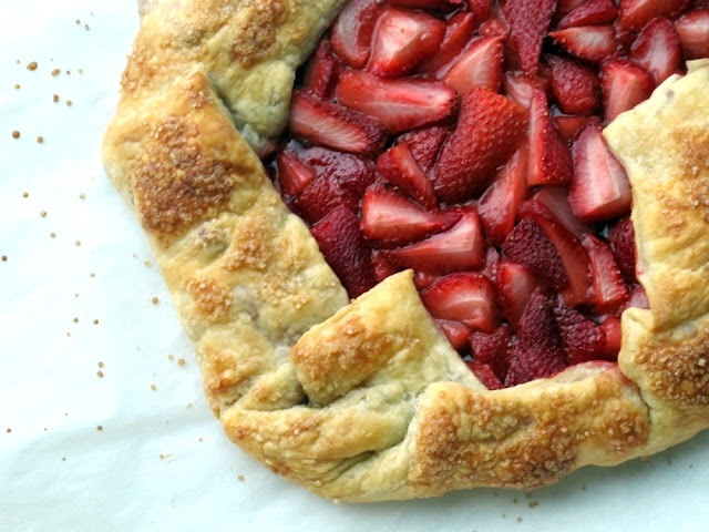 Rustic Strawberry Tart by atoasttotaste Strawberry_Tart atoasttotaste..Tis the strawberry season. Am crazy