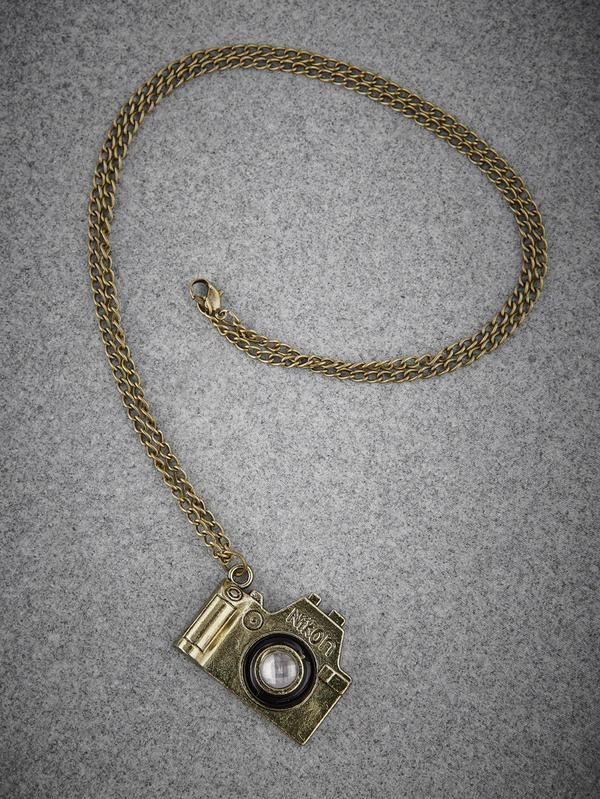 a pendant for all those who love clicking - cooliyo.com