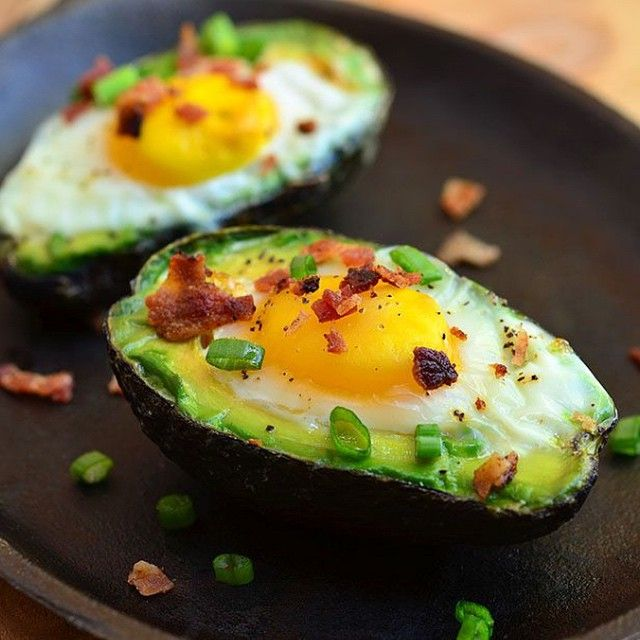 """Avocado Egg Cups  Credit/Source www.onionringsandthings.com (go check out their amazing site)  Ingredients 2 avocados 4 eggs 2 bacon strips, cooked crisp…"""