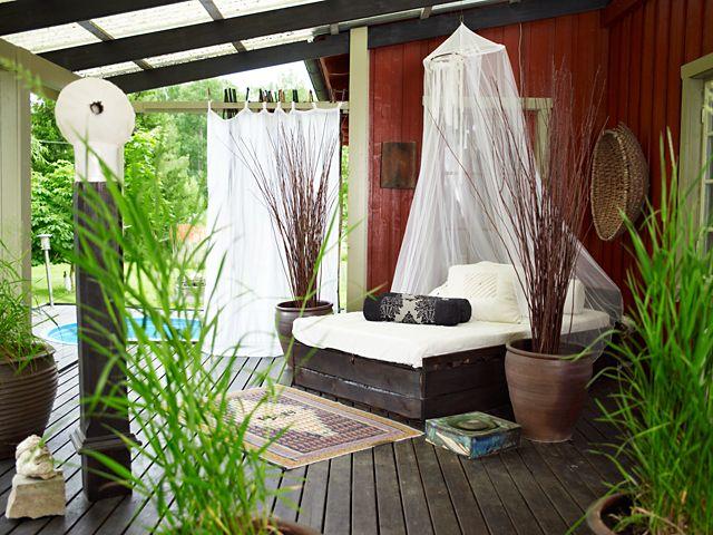 lie and read: Outdoor Beds, Patio Bed, Outdoor Living, Outdoor Patio, Backyard Paradise, Outdoor Bedrooms, Outdoor Spaces, Patio Ideas, Beautiful Bedrooms