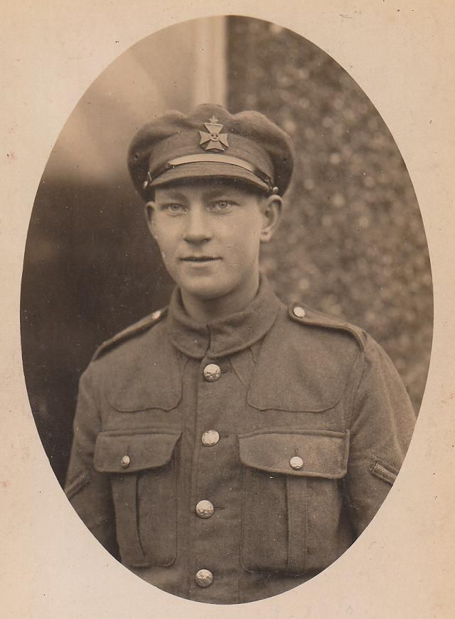 Another one of Robert's pals (again sadly I don't have a name for him), this time a young Lance Corporal of the KRRC (possibly either 25th or 16th Battalion).  Copyright: user Sfayer on 1914-1918 Invisionzone boards.