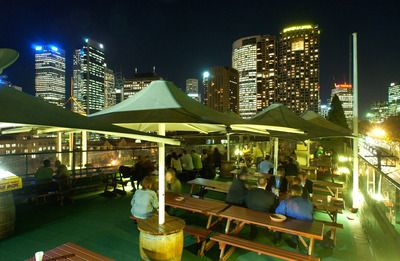 Glenmore hotel rooftop bar, the rocks