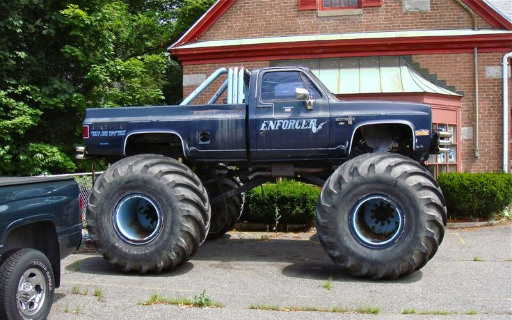 1985-chevy-truck-lifted-for-sale