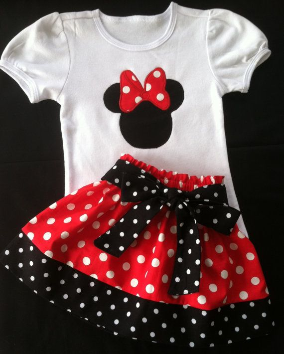 Minnie Mouse Skirt and shirt set Available in por Valentinasplace