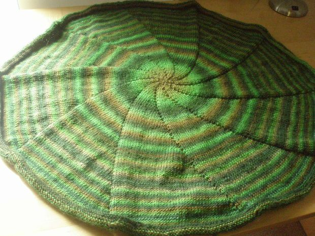 Circular Blanket Knitted In The Round Knit Wit