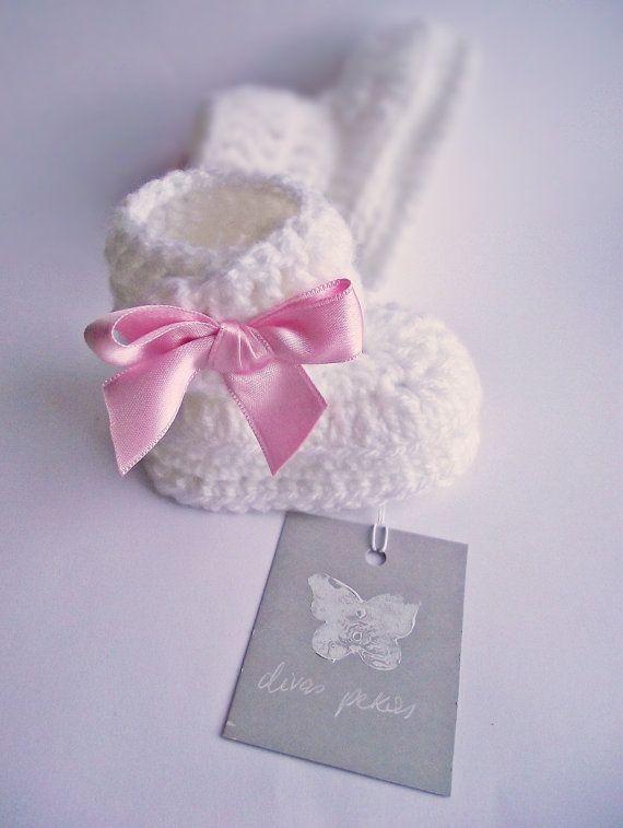 crochet baby girl booties white baby booties crochet by divaspekas