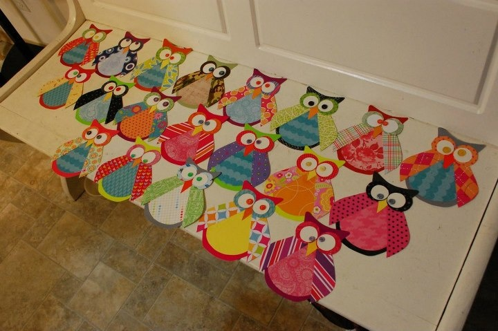 Your students could make their own owls!  So many great color choices