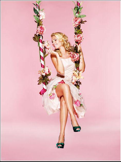 Protagonista di una copertina d'eccezione #IlaryBlasi per #VanityFair @StudioDaylight #pinup #pinupgirlart #vintagestyle #fashion #burlesque #brandmodel #brand #model #promomodel #lifestyle #roses #vintage #italiangirl