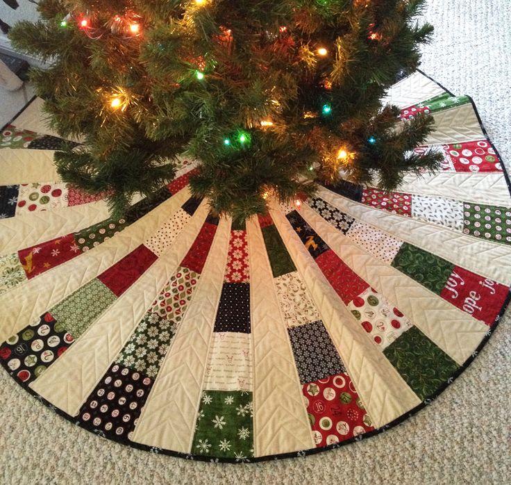 Christmas tree skirt #1 | Countdown to Christmas & Christmas… | Flickr