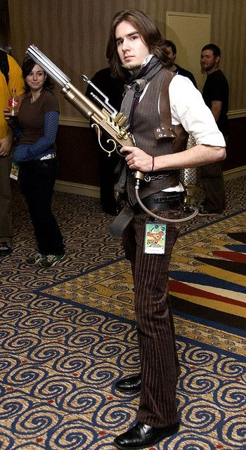 2259030827_fe10a3ab43_z.jpg?zz=1 | Crystaline : Steampunk Fashion Archives