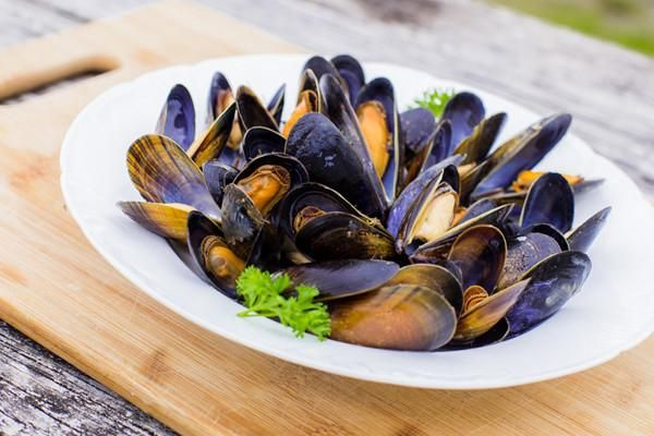 Mussels Mussels from the North Atlantic, organically cultured & certified in Ireland. These beauties are grown in the pristine waters off Ireland's western coast, where they are harvested and cooked w