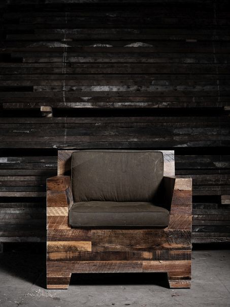 Would love this in the office.   Looks like maybe made of pallets? Absolutely love the natural look!