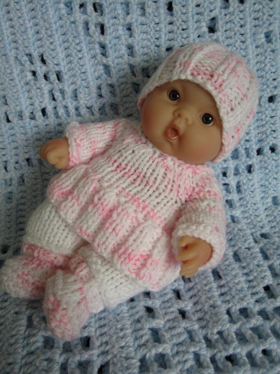 Free Knitting Patterns For 10 Inch Dolls Clothes : 1000+ images about knit doll clothes on Pinterest Christening gowns, Knit p...