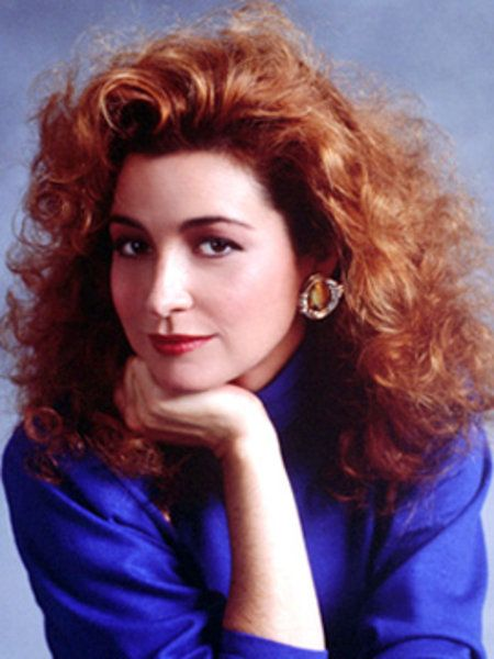 Annie Potts: played Janine Melnitz in the Ghostbusters movies