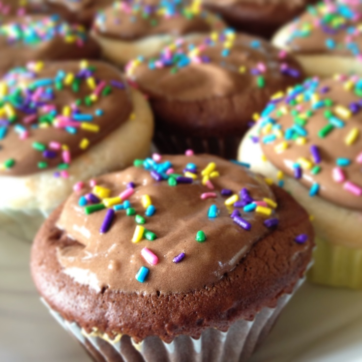 """A """"healthier"""" spin on cupcakes - Chocolate cake: 1 box chocolate cake mix + 1 can Diet Dr. Pepper.  White cake: Funfetti cake mix and 1 can of Diet Sprite!  No eggs, no oil.  Cupcakes are light and moist.  Fat-free, sugar-free Jell-O pudding & dream whip with milk for icing!"""