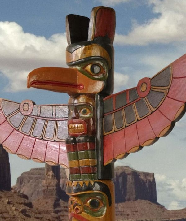 American Indian Wooden Eagle Totem Pole
