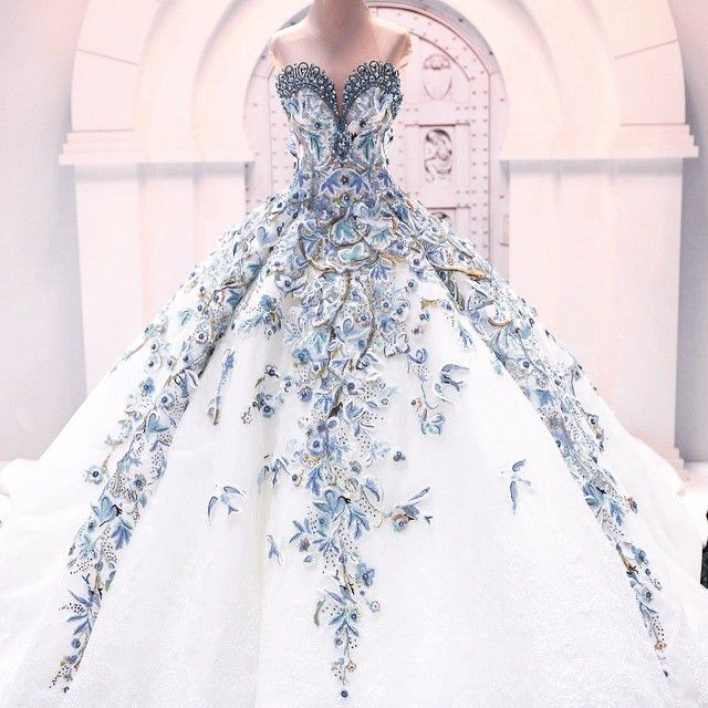 6299 best wedding dresses images on pinterest wedding for The most gorgeous wedding dress