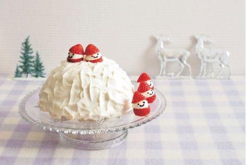 テレビの『マツコの知らない世界』で紹介され、「スイーツからパン、おかずまで、どんな料理にも使える!」と今、話題沸騰中のホットケーキミックス。そんなホットケーキミックスを使って、今年は簡単でおいしくて見栄えも最高のクリスマスケーキづくりにチャレンジしてみてはいかがでしょうか!? とっておきのレシピを紹介します。