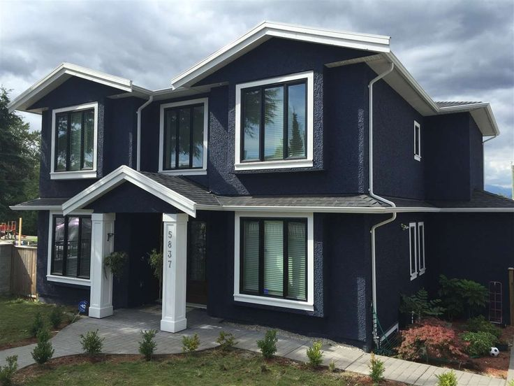 4 Sale 5837 DICKENS Place in Burnaby: Luxury 7 bed/5 bath home only 3 years old.