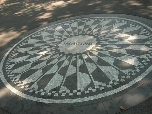 Central Park, Imagine by Flygstolen, via Flickr #USA #Travel #Resa #Resmål #New #York #NewYork #CIty #NYC #NewYorkCity #CentralPark #Imagine #JohnLennon #theBeatles #Beatles #John #Lennon #central #Park #Memorial