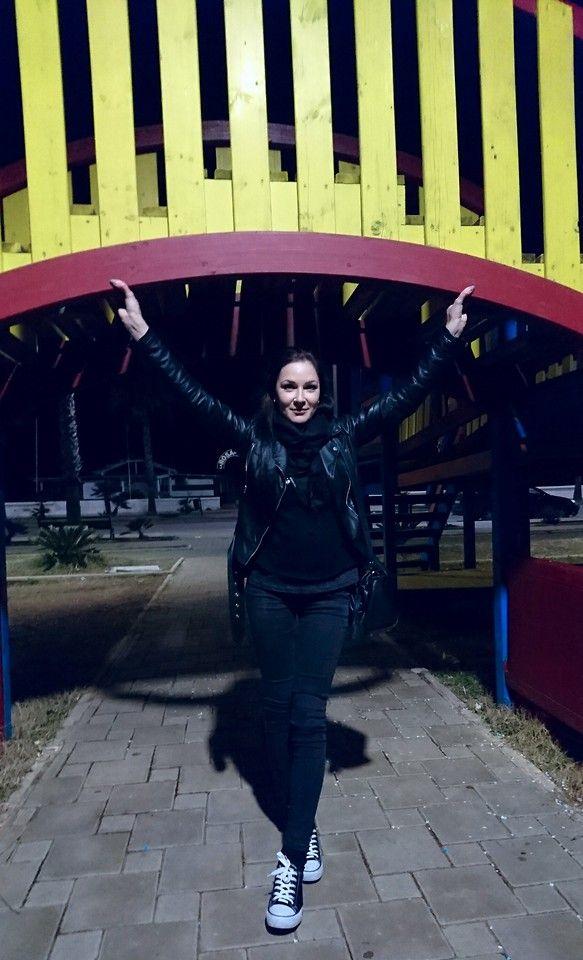 Viktoria B. - NIGHT