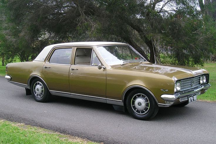 Holden HT Brougham 308 Sedan