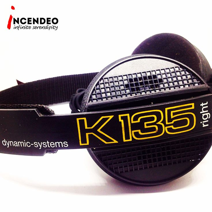 AKG Dynamic System Stereo Headphones K-135. #akg #austria #dynamic #system #stereo #overear #headphones #k135 #audio #audiophile #headfi #music #sound #vintage #collectible #collections #incendeo #infiniteserendipity #耳机 #收藏 #好声音 #音乐 #听歌 #🎧