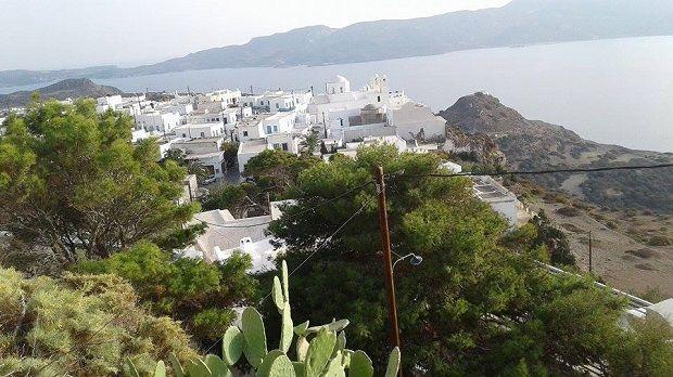 """Μήλος: Ένα από τα 18 """"κρυμμένα στολίδια της Ελλάδας"""""""