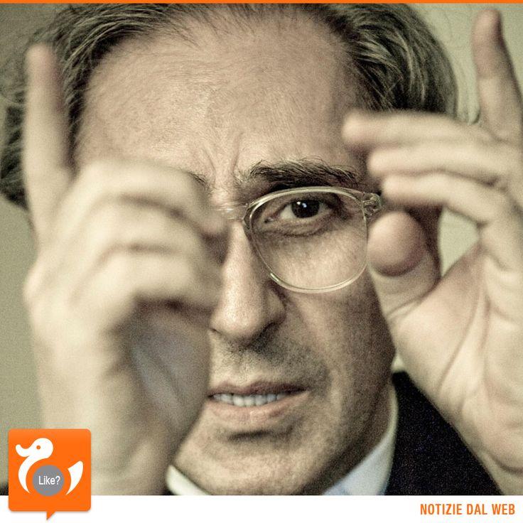ACCADDE OGGI Il 23 marzo 1945 è nato uno dei più grandi cantautori italiani... probabilmente il più stimato di tutti! Eclettico, geniale, rivoluzionario. Franco Battiato.