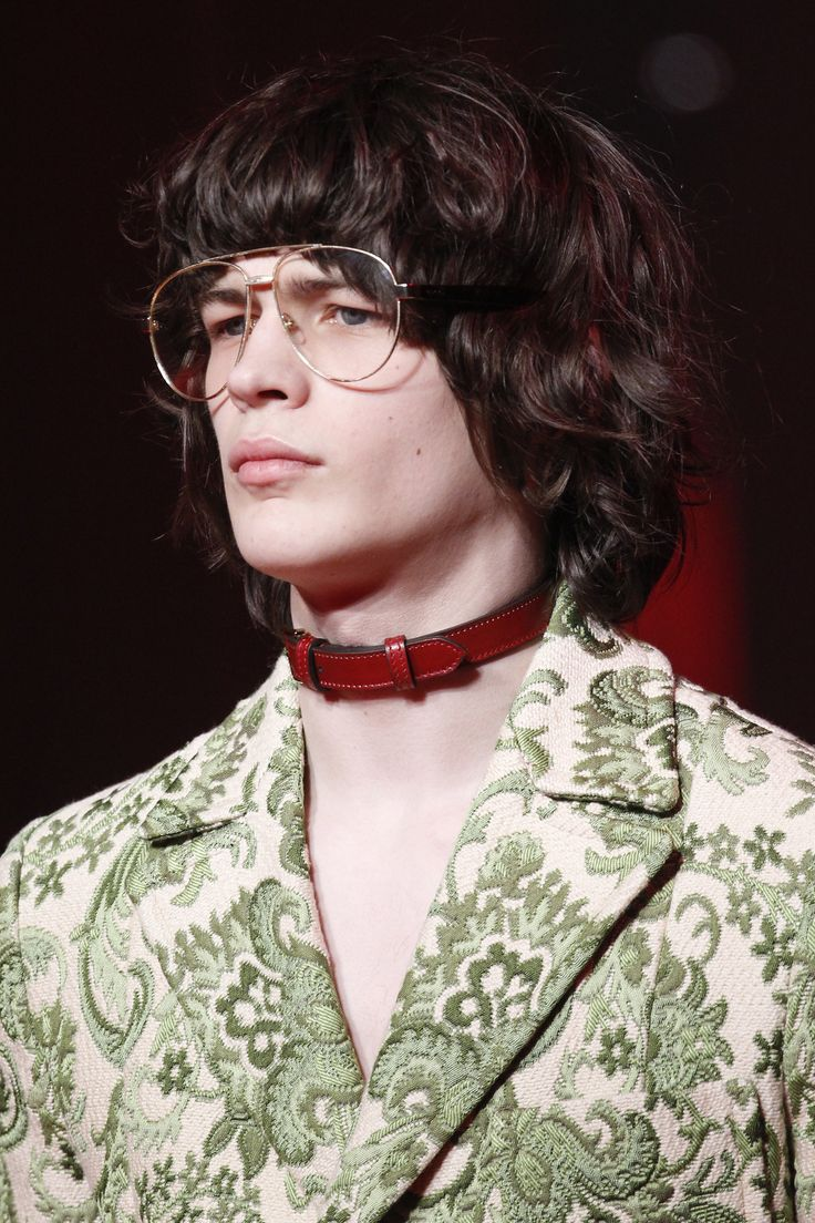 See detail photos for Gucci Fall 2016 Menswear collection. More #future fashion @ kyraoser.com/blog/