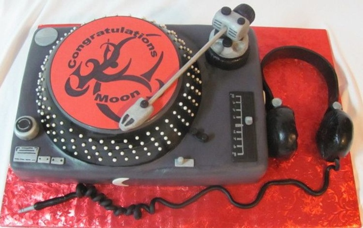 Disc Jockey cake I had made from a family friend for my boyfriend when he graduated from college