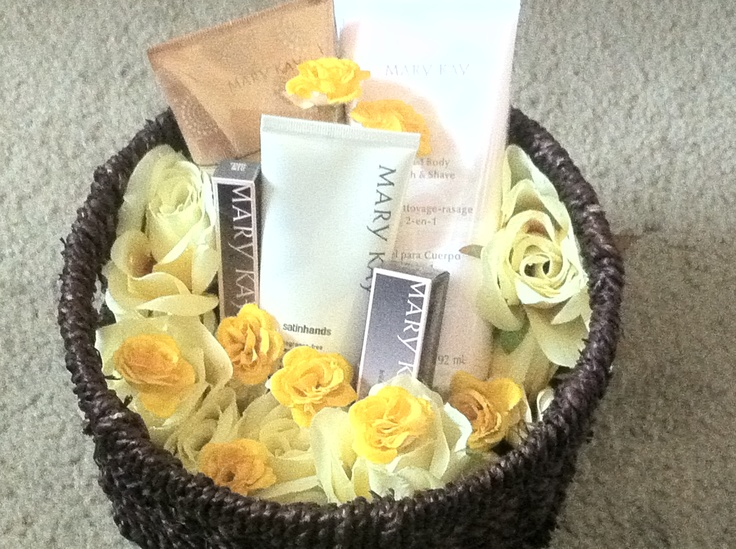 37 best gift sets images on pinterest gift ideas tips and make up this is a mothers day mary kay basket but can be for any occasion call negle