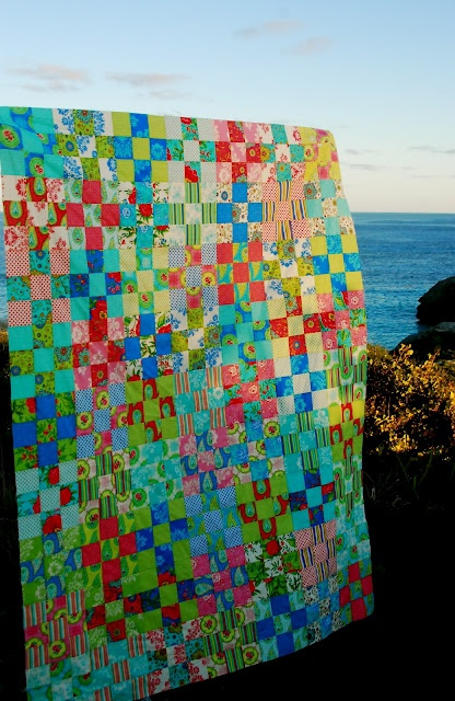 I could use this quilt as inspiration and build a beautiful beach house around it!!