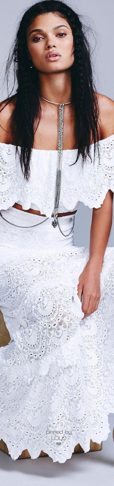 Free People ≫∙∙☮ Bohème Babe ☮∙∙≪• ❤️ Babz™ ✿ιиѕριяαтισи❀ #abbigliamento #bohojewelry #boho