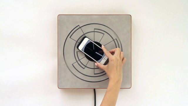 Spira - interactive, frame, charger and clock_by ECAL/Alice Robbiani