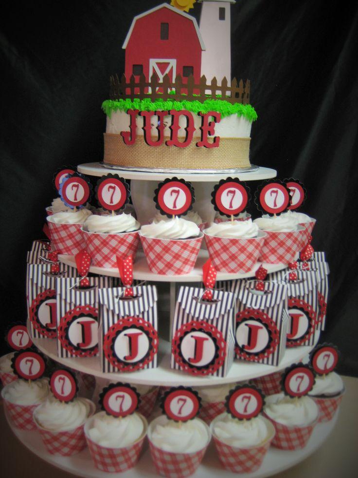 Barn / Farm Themed Round Cupcake Tower: http://www.thesmartbaker.com/5-tier-round-cupcake-tower/