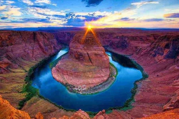 Sunset at Horse Shoe Bend Colorado River Grand Canyon