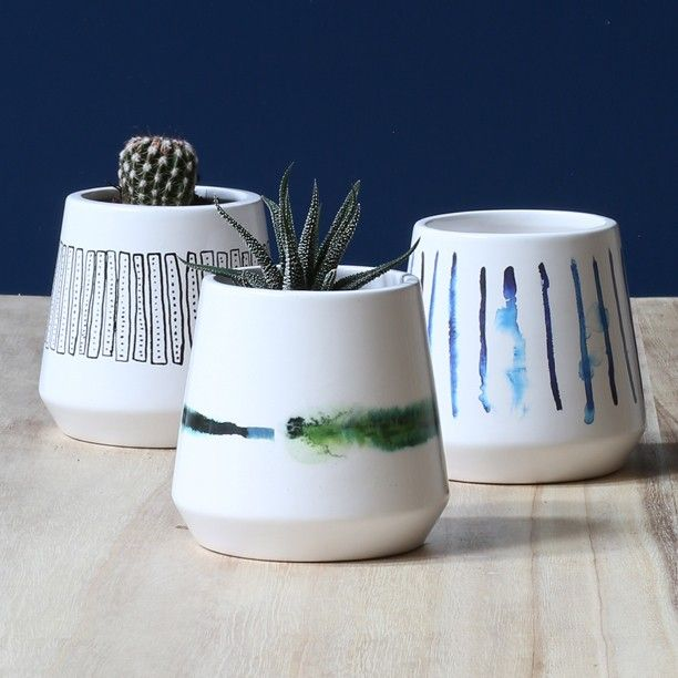 Clara plans to place the little flowerpots with watercolour art and scribbles in her windowsill.  #flowerpots #flowers #cactus #watercolour #windowsill #interiordecor #homestyling #inspiration #sostrenegrene #søstrenegrene #grenehome