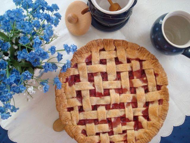 Jahodový mřížkový koláč | Strawberry Lattice Pie - www.vune-vanilky.cz