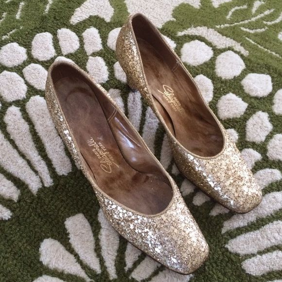 Vintage Schiaparelli glitter heels These will be perfect for your NYE attire!  Collectible shoes in amazing vintage condition!  50s/60s couture Schiaparelli Shoes Heels