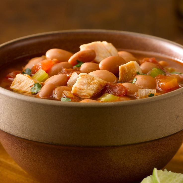 Bush's Spicy Mexican Bean & Chicken Soup ~ Tomatoes with jalapeno and chili powder make this delicious chicken and Pinto Bean soup a great way to warm up on a chilly day.
