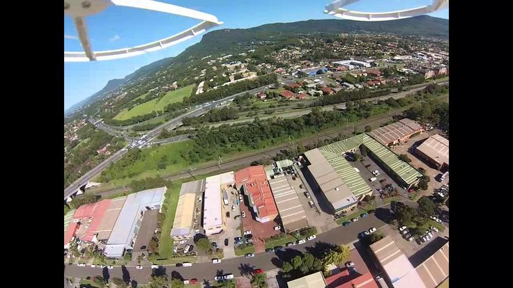 Aerial footage of Wollongong