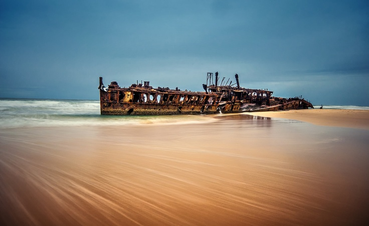 The Maheno wreck on Fraser Island, worlds largest sand Island