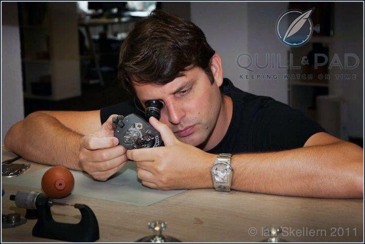 Felix Baumgartner examining the Urwerk UR-1001 Zeit Device