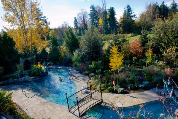 The soaking pool at McMenamin's Edgefield, Troutdale, Oregon. It's saline and jacuzzi temp! #travel #finds #budget