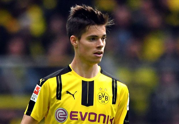 Borussia Dortmund star Julian Weigl sets new Bundesliga record