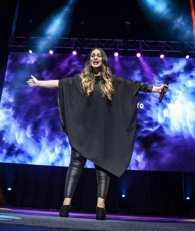 Christine D Clario All Black Fashion Church Outfits Black Fashion